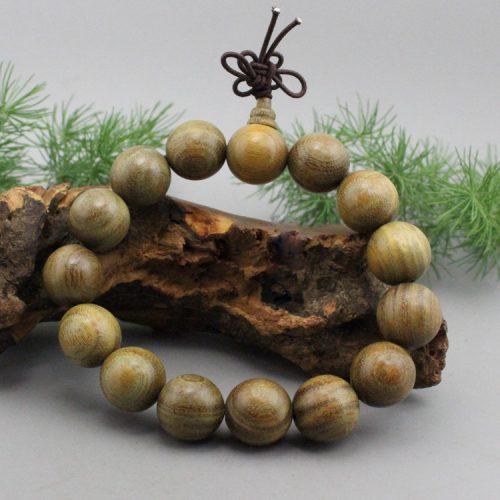 vòng tay gỗ đàn hương