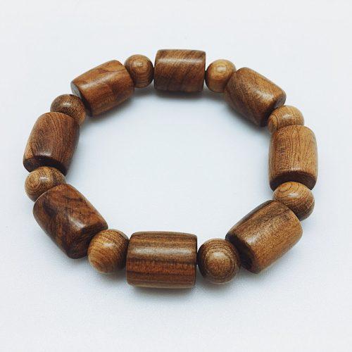 vòng tay gỗ bách xanh đốt trúc